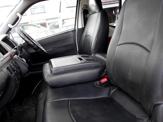 ロングDX 4WD 3.0DT リアヒーター 寒冷地仕様 LEDテール 4型フェイス スポイラー 9人乗り(21枚目)