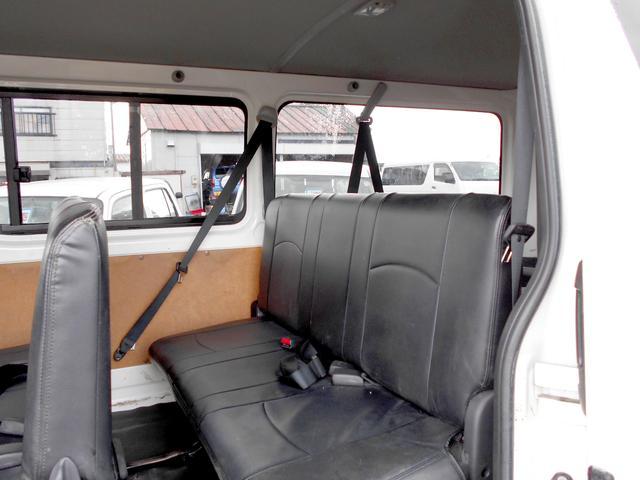 ロングDX 4WD 3.0DT リアヒーター 寒冷地仕様 LEDテール 4型フェイス スポイラー 9人乗り(25枚目)