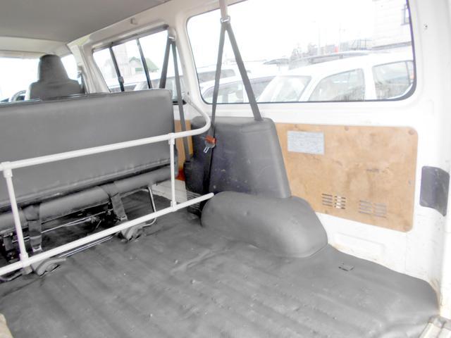 ロングDX 4WD 3.0DT リアヒーター 寒冷地仕様 LEDテール 4型フェイス スポイラー 9人乗り(29枚目)