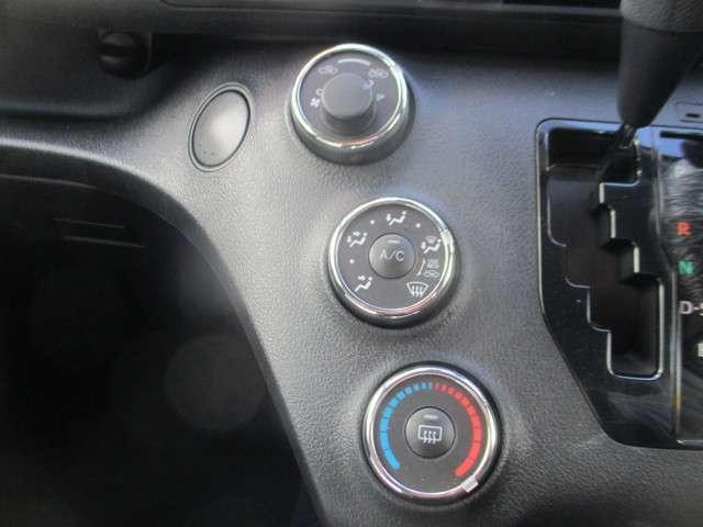 マニュアルエアコンで初めて乗っても操作がしやすい(^-^)