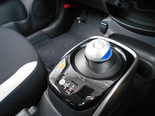 e-パワー X 試乗車UP エマブレ 車線逸脱防止警報 踏み間違い防止機能(6枚目)