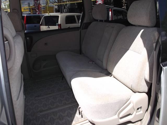トヨタ エスティマL X 4WD リヤヒーター