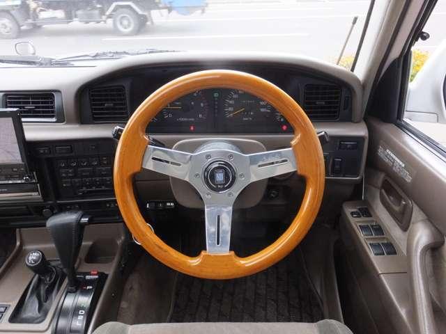 VXリミテッド ディーゼルターボ 4WD リフトアップ(8枚目)