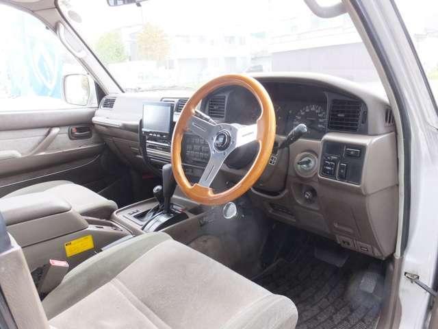 VXリミテッド ディーゼルターボ 4WD リフトアップ(9枚目)