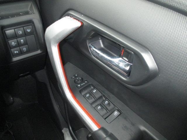 Z 登録済未使用車 4WD 寒冷地仕様 LEDヘッドランプ(13枚目)