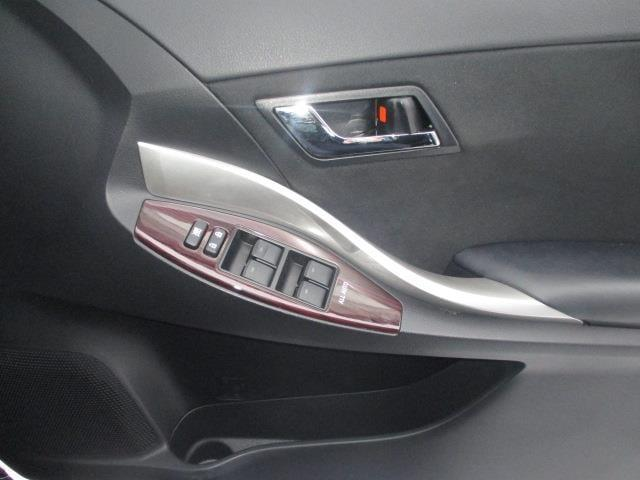 A18 Gパッケージ 4WD メモリナビ フルセグ バックカメラ 寒冷地仕様 LED ワンオーナー スマートキー(15枚目)