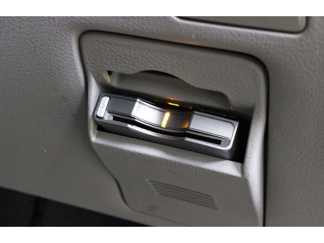 スバル フォレスター 2.0XT 4WD ターボ サンルーフ HDDナビ ETC