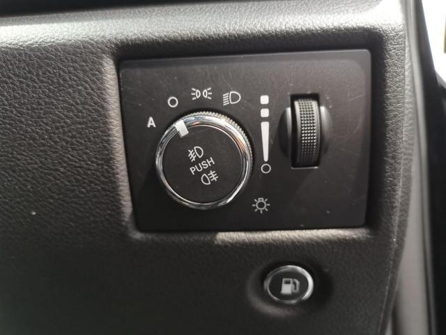 ラレード 4WD 禁煙車/ナビ/フロント&サイド&バックカメラ/スマートキー/クルーズコントロール/パワーシート(8枚目)