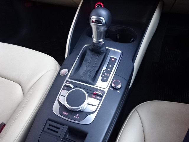 「アウディ」「アウディ A3」「コンパクトカー」「北海道」の中古車17