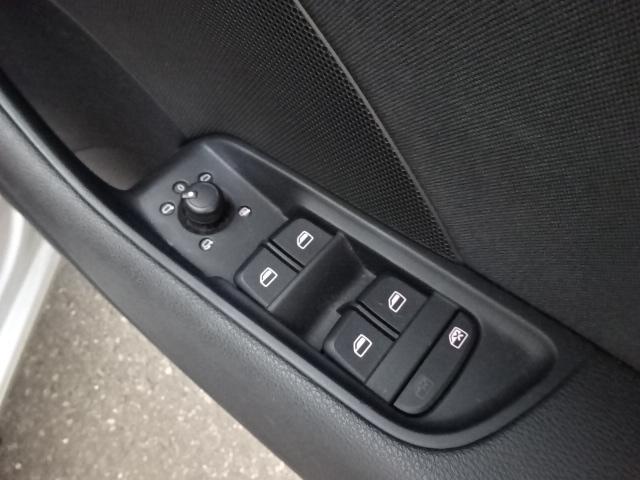 「アウディ」「A3」「コンパクトカー」「北海道」の中古車13