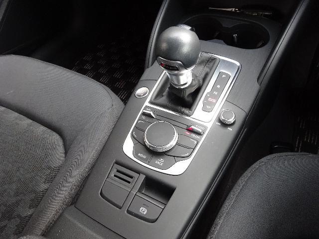 「アウディ」「A3」「コンパクトカー」「北海道」の中古車18