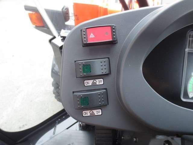 日立 ホイールローダ ZW30-5B LED(15枚目)