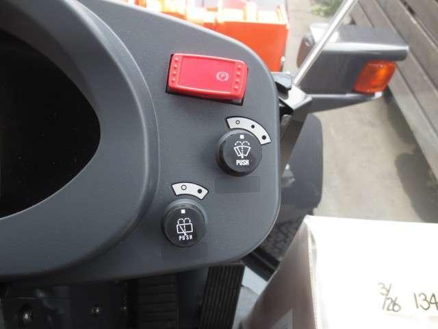 日立 ホイールローダ ZW30-5B LED(16枚目)