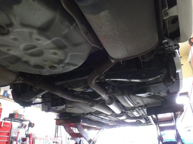 親切・丁寧な応対を心掛けております!車検・点検整備・事故等の修理などアフターサービス、お車のチューニング・カスタマイズもイサイズにお任せ下さい!【主な装備品 ;フルタップ車高調 クレンツェ19AW】
