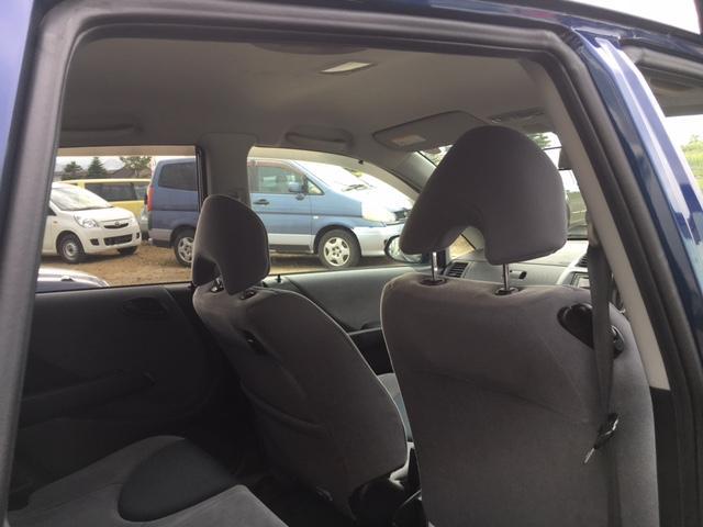 ホンダ フィット Fパッケージ 4WD キーレス エンスタ 社外アルミ