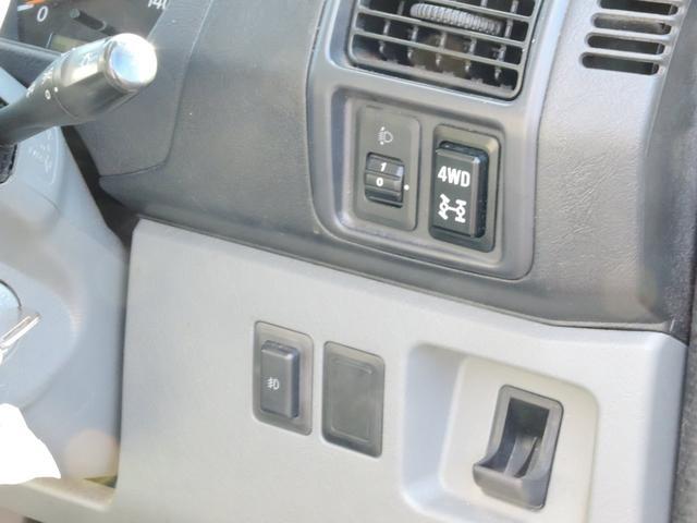 ダブルキャブ4WD デッキバン パートタイム4WD(14枚目)