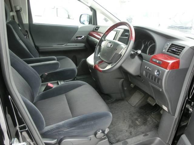 トヨタ ヴェルファイア 2.4Z 4WD 地デジTVHDDナビ 両側Pスライド