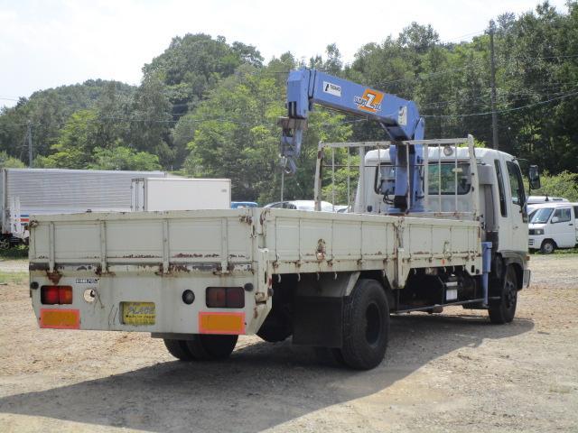 クレーン 3段ユニック 積載2.4トン(4枚目)