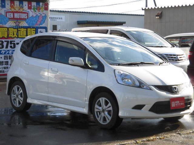 ホンダ フィット RS ユーザー買取車 4WD ワンオーナー車