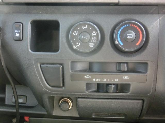 トヨタ ハイエースバン ロングスーパーGL 4WD