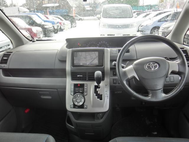 トヨタ ヴォクシー ZS 煌 4WD 両側パワースライド バックカメラ