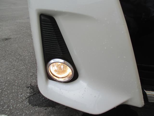 トヨタ ノア Si 4WD 左側パワースライドドア 純正ナビ