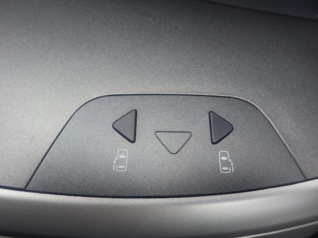 トヨタ ヴォクシー Z 煌 両側パワースライドドア 社外エンジンスターター