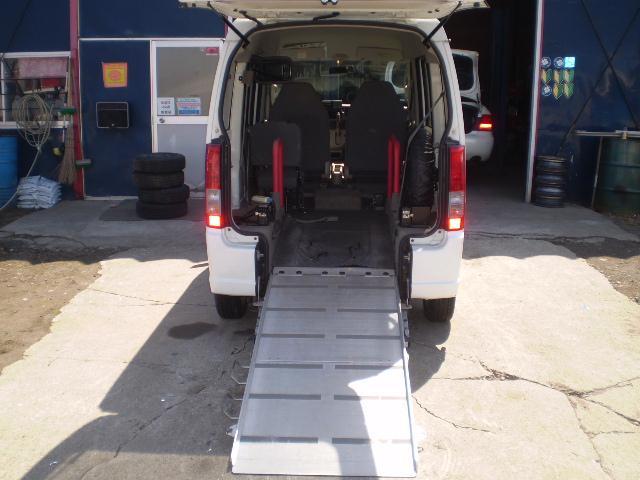 車椅子移動車 切替式4WD 福祉車両 スローパー(14枚目)