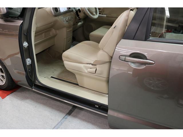 トヨタ ポルテ 150i Cパッケージ 4WD  HDDナビ バックモニター