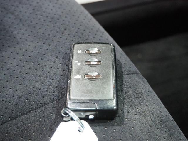 2.5i-Sアルカンターラセレクション 4WD スカイルーフ メモリーナビ 地デジTV バックモニター 後席用モニター スマートキー プッシュスタート クルーズコントロール ワイパーデアイサー 18AW 7人乗り 1年間保証・走行距離無制限(38枚目)