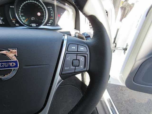 ボルボ ボルボ S60 D4 ダイナミックエディション スポーツレザーシート