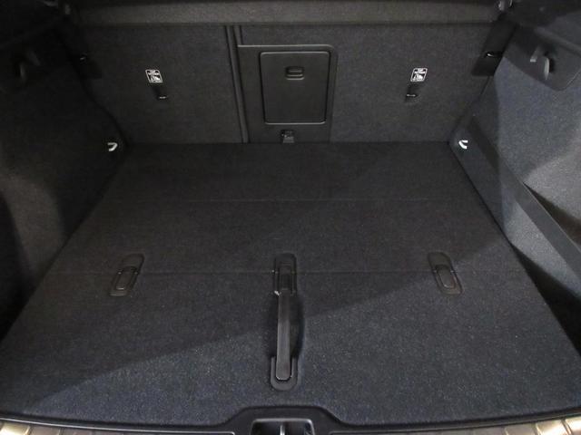 B4 AWD Rデザイン 認定中古車 ワンオーナー 禁煙車 電動テールゲート シートヒーター 19インチアルミホイール パイロットアシスト パノラマガラスサンルーフ オレンジカーペット(19枚目)
