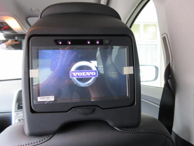 ボルボ ボルボ XC60 T5 AWD SE 当社デモカー RSEリアモニター