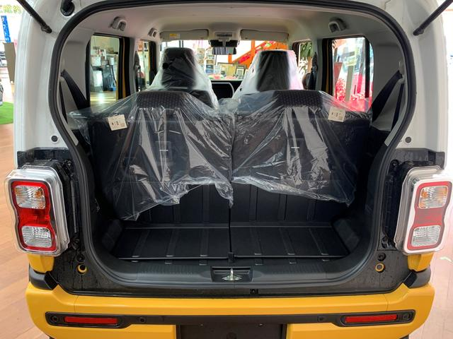 ハイブリッドX 4WD マイルドハイブリッド スズキセーフティサポート デュアルカメラブレーキ アイドリングストップ 15インチ純正アルミホイール LEDヘッドライト プッシュスタート シートヒーター(8枚目)