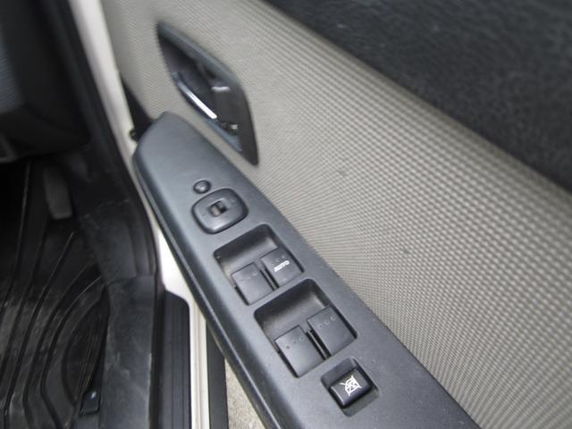 ベースグレード e-4WD カードキー ABS Wエアバッグ(12枚目)