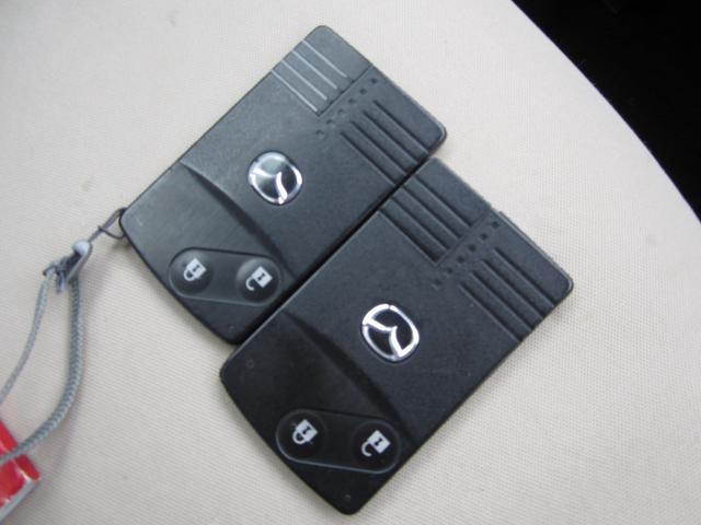 ベースグレード e-4WD カードキー ABS Wエアバッグ(19枚目)