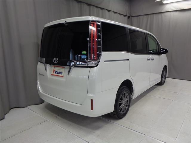「トヨタ」「エスクァイア」「ミニバン・ワンボックス」「北海道」の中古車4
