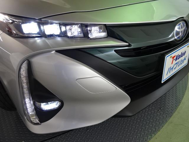 「トヨタ」「プリウスPHV」「セダン」「北海道」の中古車16