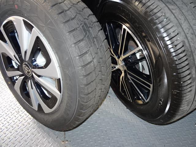 「トヨタ」「プリウスPHV」「セダン」「北海道」の中古車17