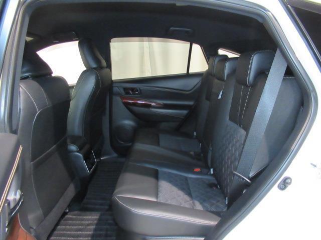 「トヨタ」「ハリアーハイブリッド」「SUV・クロカン」「北海道」の中古車16