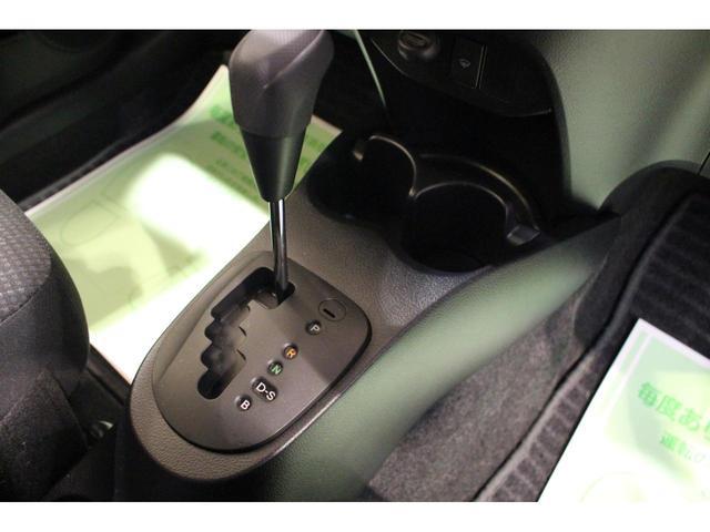 トヨタ ヴィッツ F 4WD メーカー保証 ナビ ETC 寒冷地仕様