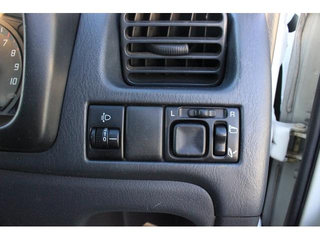Bターボ 4WD 1年保証 5速マニュアル シートヒーター(9枚目)