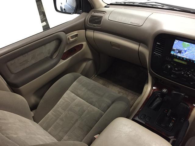 トヨタ ランドクルーザー100 VXリミテッド 後期仕様 HID/社外ナビ