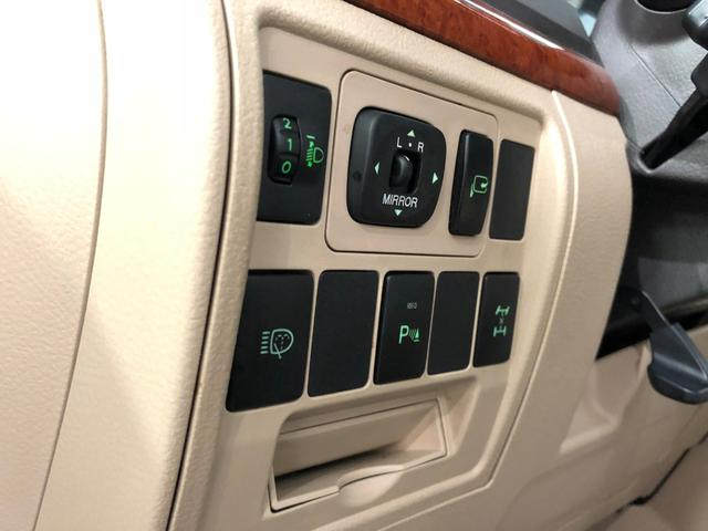 GX-R 新車並行 ディーゼル ドバイエアロ WALD22(3枚目)