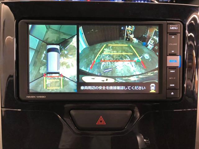 パノラマモニター☆車を真上から見ているような映像が表示されます☆運転席から確認しにくい車輛周囲の状況を把握できます♪♪コーナーセンサーもありますので、左右後方の障害物をブザー音で警告!!