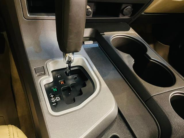 マルチ移設、大型モニターの埋め込みや通常取付けが不可能な車種へのエンジンスターター取付け、その他どんなカスタムにも対応可能です☆ご納車前でしたら格安にてお見積り致します☆