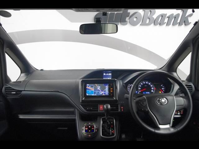 トヨタ ヴォクシー ZS 4WD 両側電動スライドドア