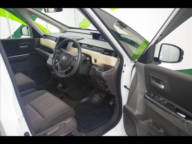 G ETC シートヒーター 片側電動スライドドア アイドリングストップ オートエアコン AWD Wエアバック サイドエアバック アンチロックブレーキ 横滑り防止装置(11枚目)