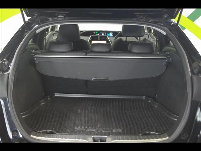 S 社外18インチアルミホイール 革調シートカバー デアイサー サンルーフ 社外ツインマフラー アルパイン9型ナビ 社外スピーカー プリクラッシュセーフティー LEDヘッドライト LEDルームランプ(10枚目)