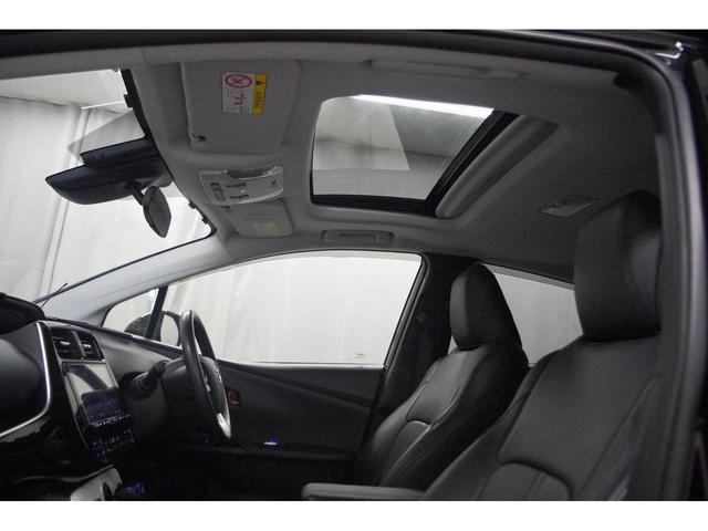 S 社外18インチアルミホイール 革調シートカバー デアイサー サンルーフ 社外ツインマフラー アルパイン9型ナビ 社外スピーカー プリクラッシュセーフティー LEDヘッドライト LEDルームランプ(30枚目)